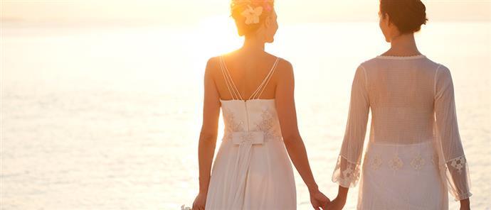 5f868abb38d5 Απίστευτο  η Χριστίνα έμαθε από τον ΕΦΚΑ πως είναι… παντρεμένη και μάλιστα  με γυναίκα (εικόνα)