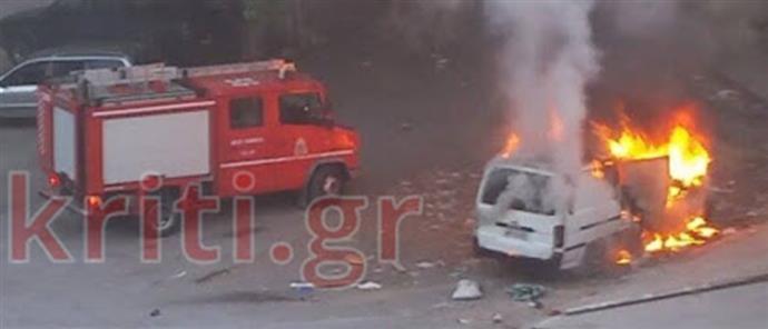 64589767cd Ηράκλειο  κάηκε φορτηγό αυτοκίνητο σε κεντρικό πάρκινγκ