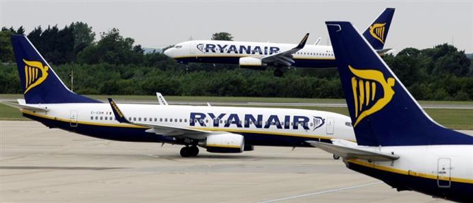 Αποτέλεσμα εικόνας για Ryanair: Η απόφαση-βόμβα για μείωση πτήσεων στην Ελλάδα- Ποιες διατηρούνται